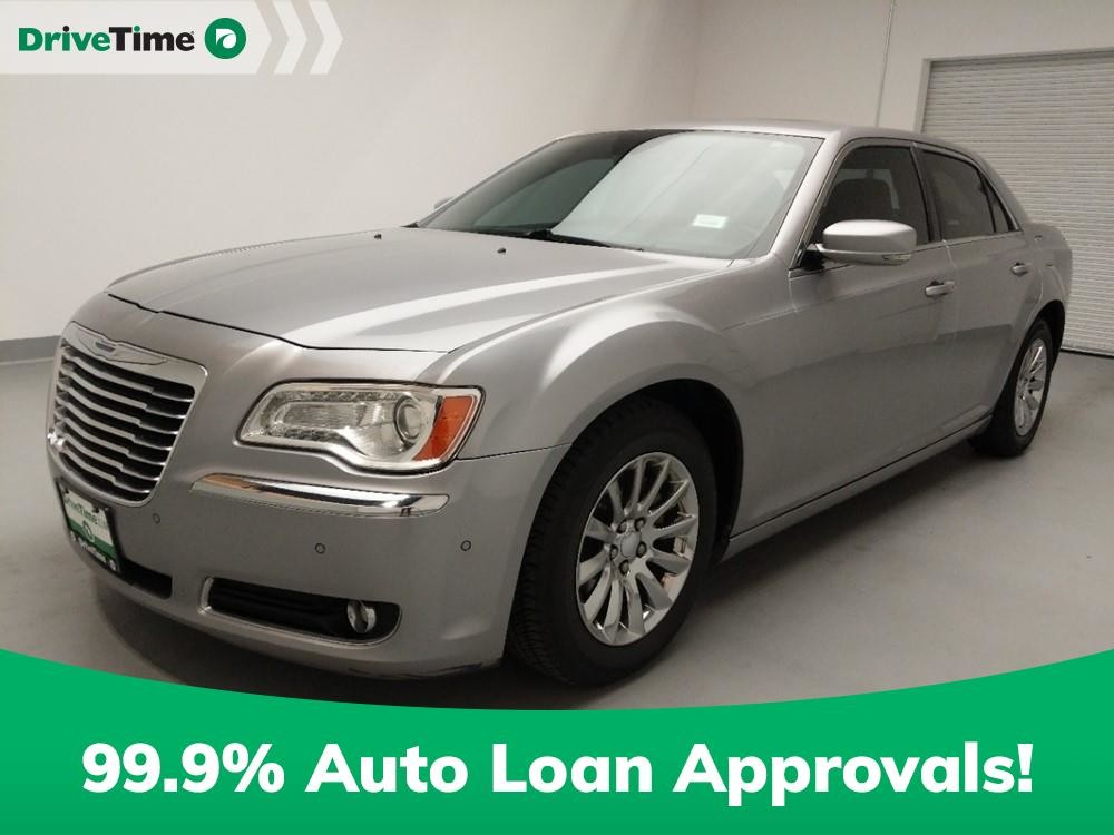 2014 Chrysler 300 in Downey, CA 90241