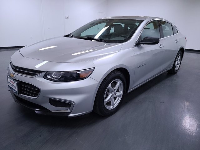 2017 Chevrolet Malibu in Union City, GA 30291