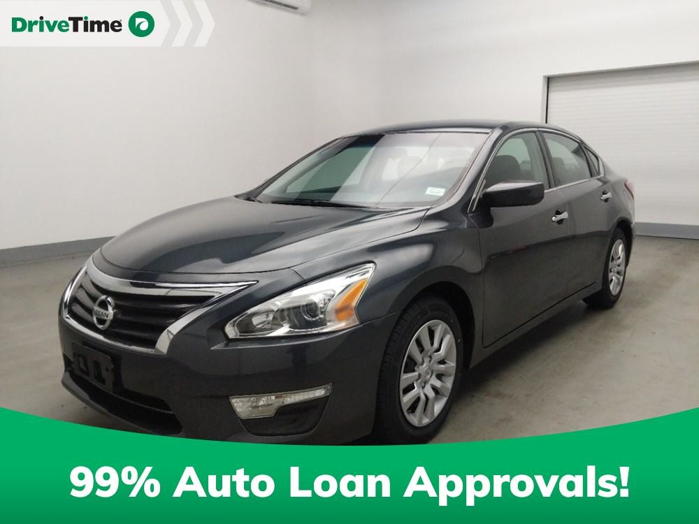 2013 Nissan Altima in Stone Mountain, GA 30083