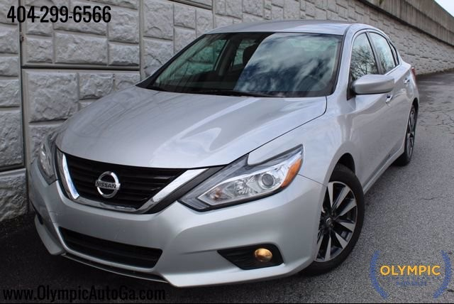 2017 Nissan Altima in Decatur, GA 30032