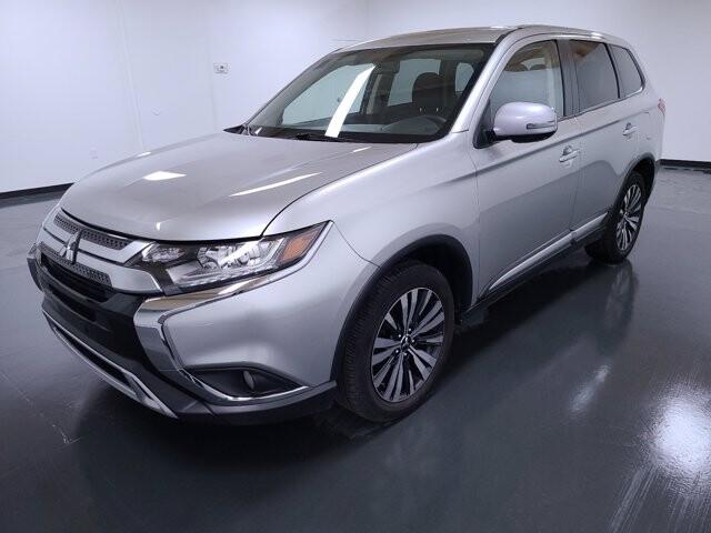 2019 Mitsubishi Outlander in Union City, GA 30291