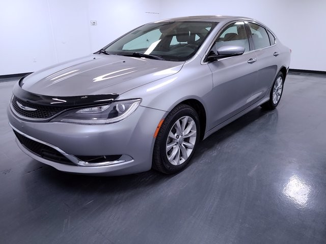 2015 Chrysler 200 in Snellville, GA 30078
