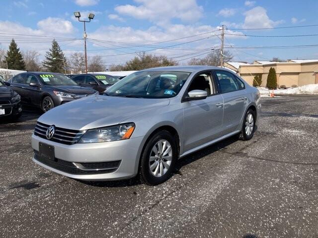 2013 Volkswagen Passat in Cinnaminson, NJ 08077