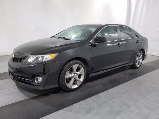 2014 Toyota Camry in Charlotte, NC 28273