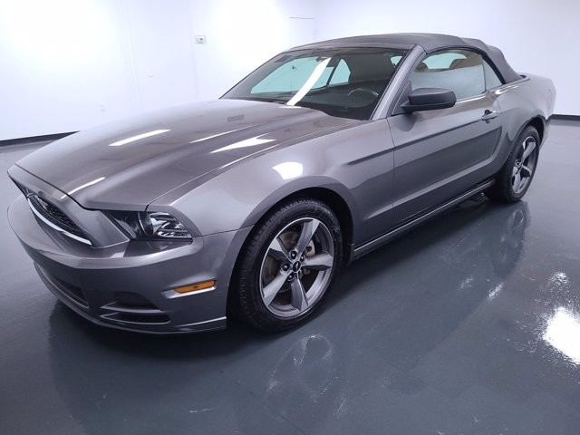 2013 Ford Mustang in Union City, GA 30291
