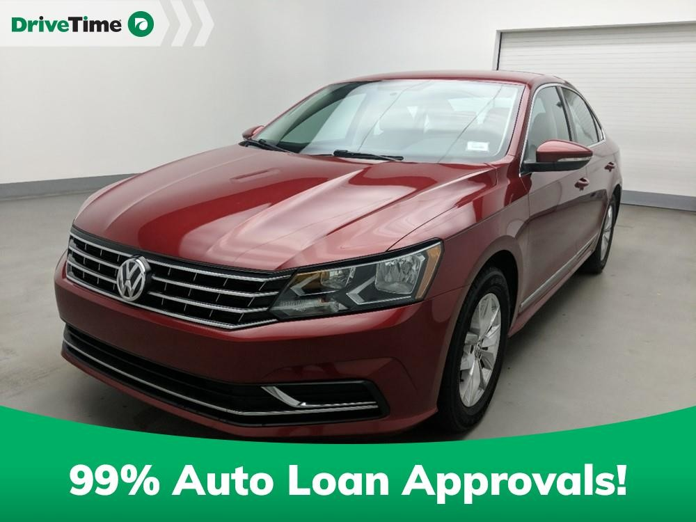 2016 Volkswagen Passat in Stone Mountain, GA 30083