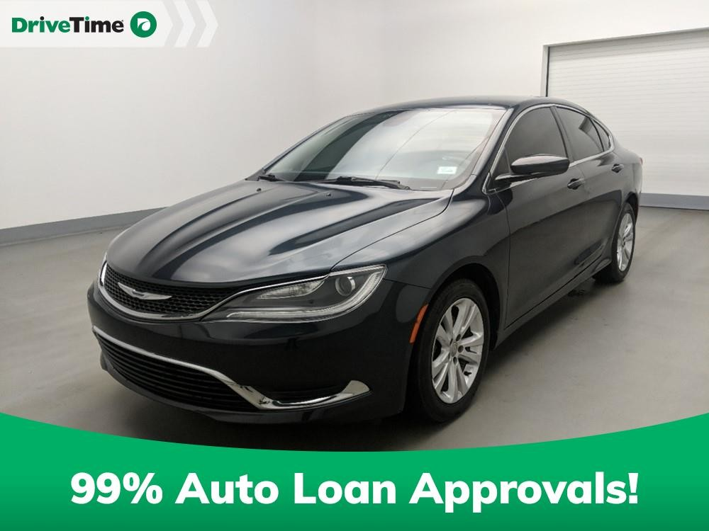 2016 Chrysler 200 in Stone Mountain, GA 30083