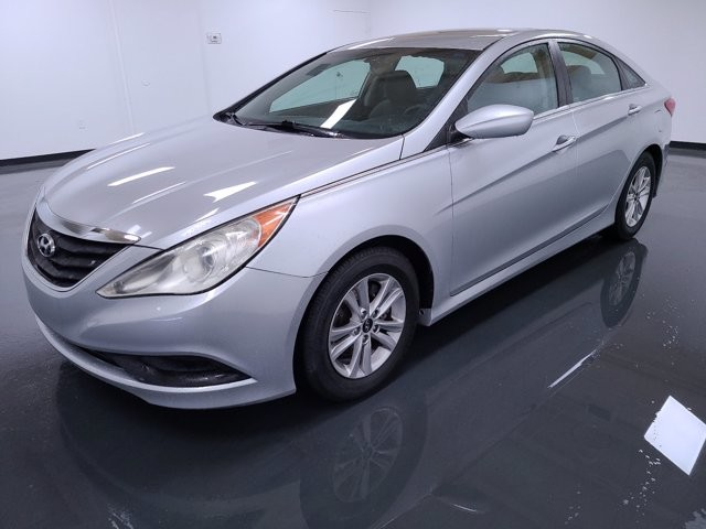 2014 Hyundai Sonata in Lawreenceville, GA 30043
