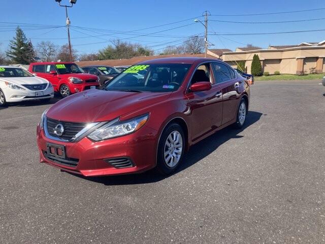 2016 Nissan Altima in Cinnaminson, NJ 08077