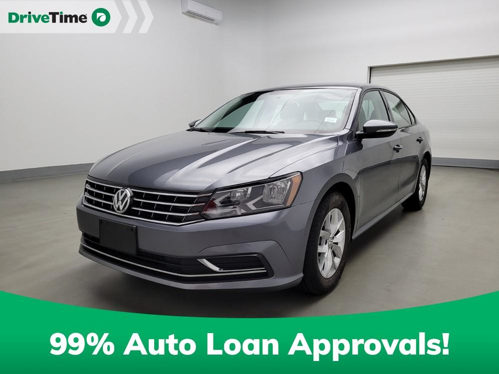 2018 Volkswagen Passat in Stone Mountain, GA 30083