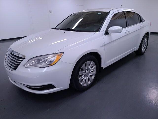 2013 Chrysler 200 in Marietta, GA 30060