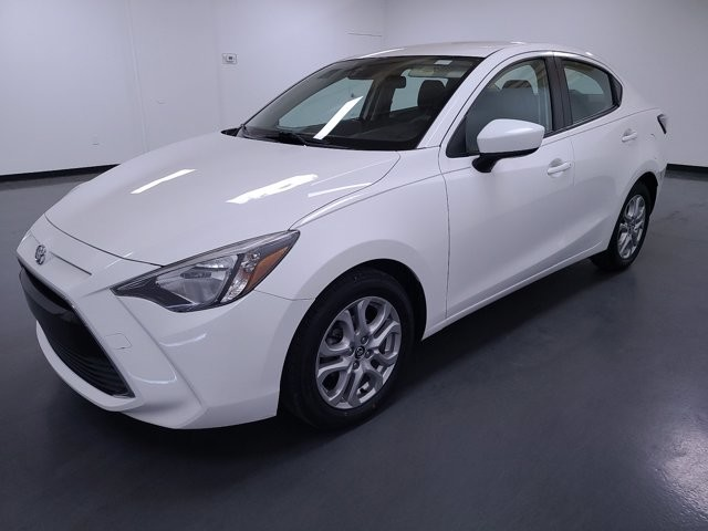 2017 Toyota Yaris in Stone Mountain, GA 30083