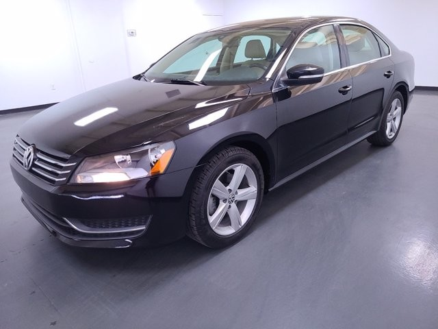 2013 Volkswagen Passat in Union City, GA 30291