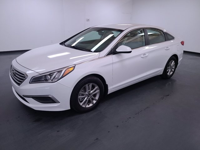 2017 Hyundai Sonata in Union City, GA 30291