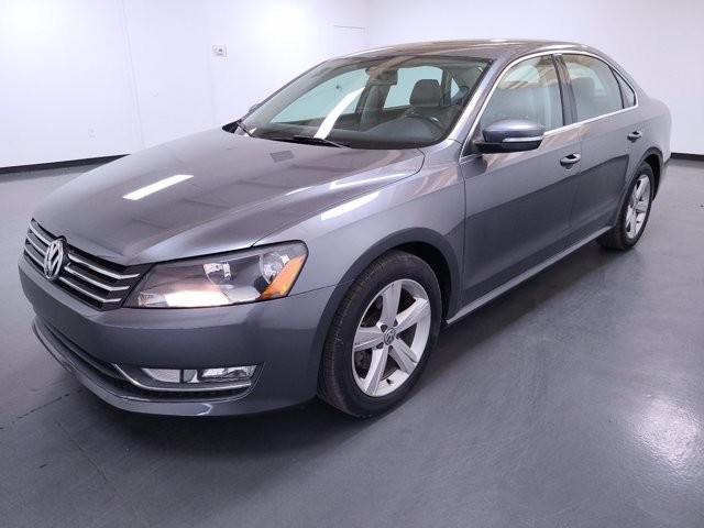 2015 Volkswagen Passat in Stone Mountain, GA 30083