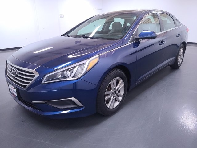 2016 Hyundai Sonata in Lawreenceville, GA 30043