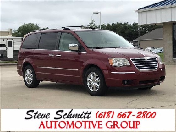 2010 Chrysler Town & Country in Troy, IL 62294-1376 - 1855598