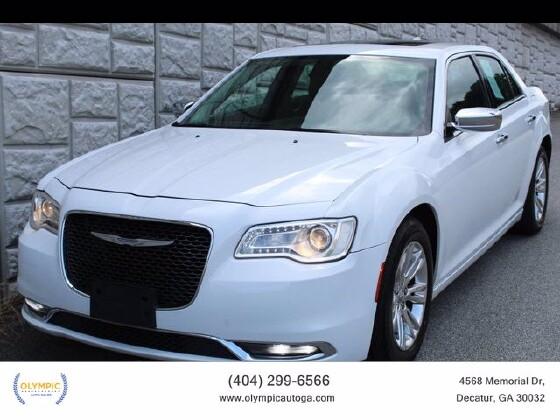 2016 Chrysler 300 in Decatur, GA 30032 - 1867000