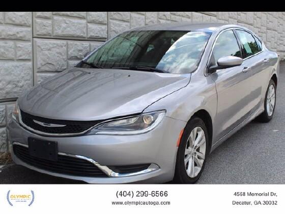 2016 Chrysler 200 in Decatur, GA 30032 - 1878017