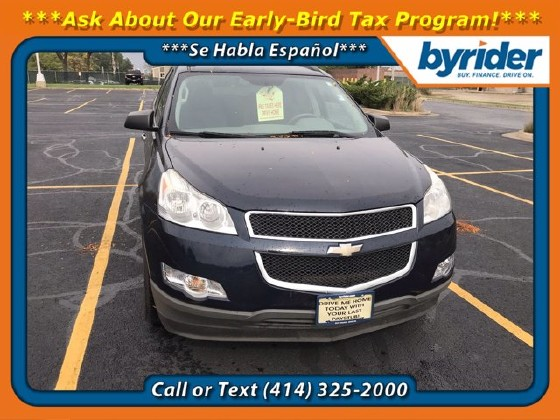 2012 Chevrolet Traverse in Milwaukee, WI 53221 - 1919366