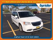 2015 Chrysler Town & Country in Milwaukee, WI 53221