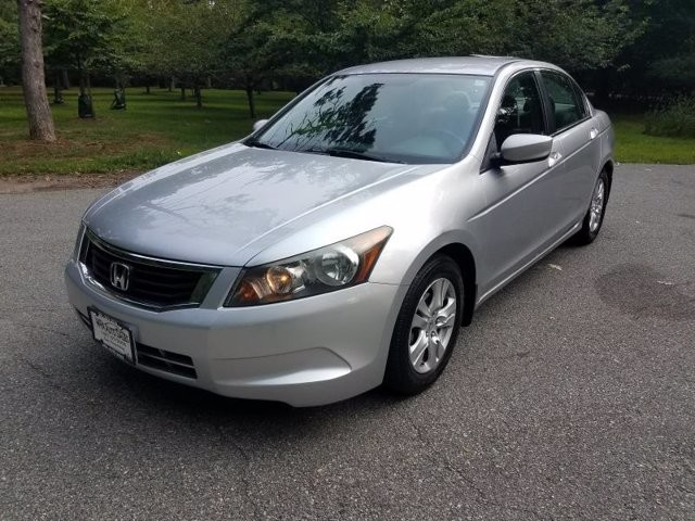 2009 Honda Accord in Belleville, NJ 07109-2923